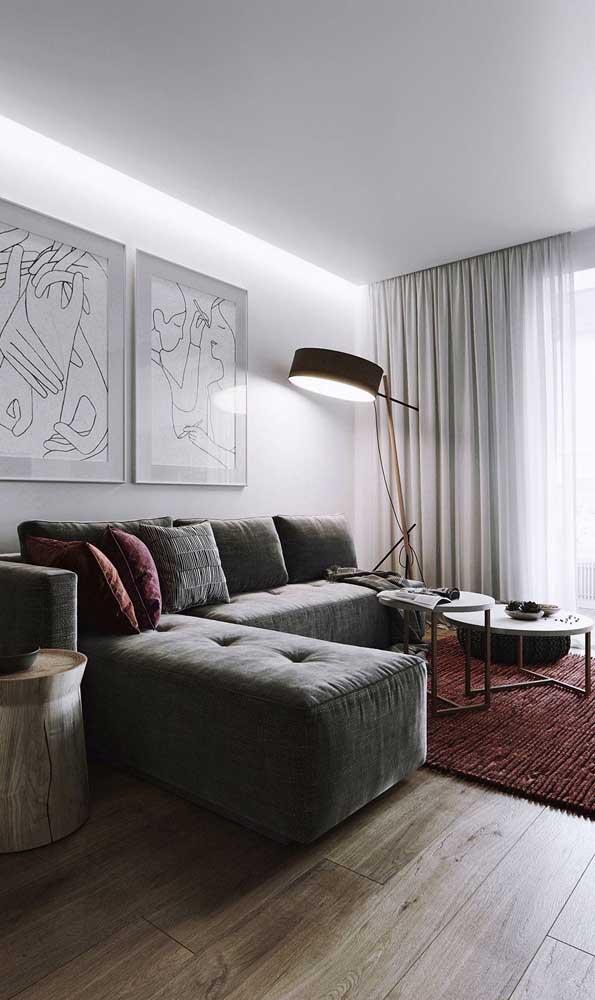 Sofá de canto traz funcionalidade, conforto e estilo para a sala pequena