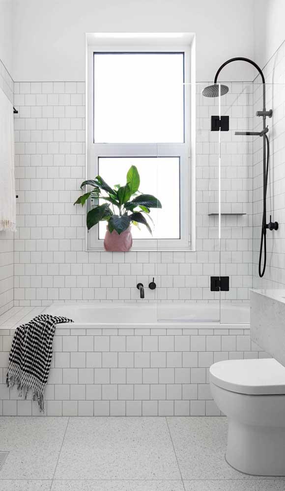 Vitrô maxi-ar de alumínio branco para o banheiro de estilo moderno e minimalista