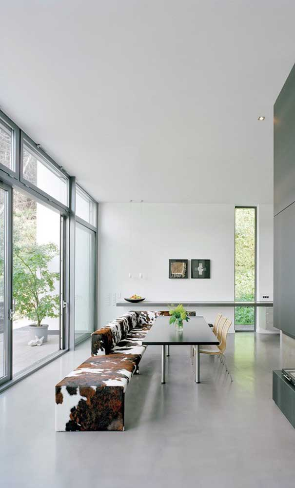Janelas que mais parecem portas: em projetos assim, você tem a possibilidade de fazer a janela de alumínio sob medida
