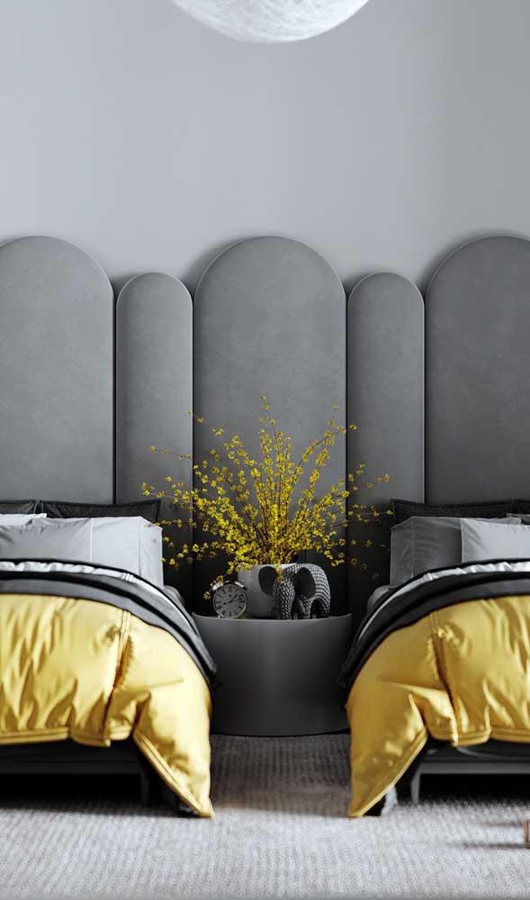 Quarto de gêmeos juvenil moderno em tons de cinza e amarelo
