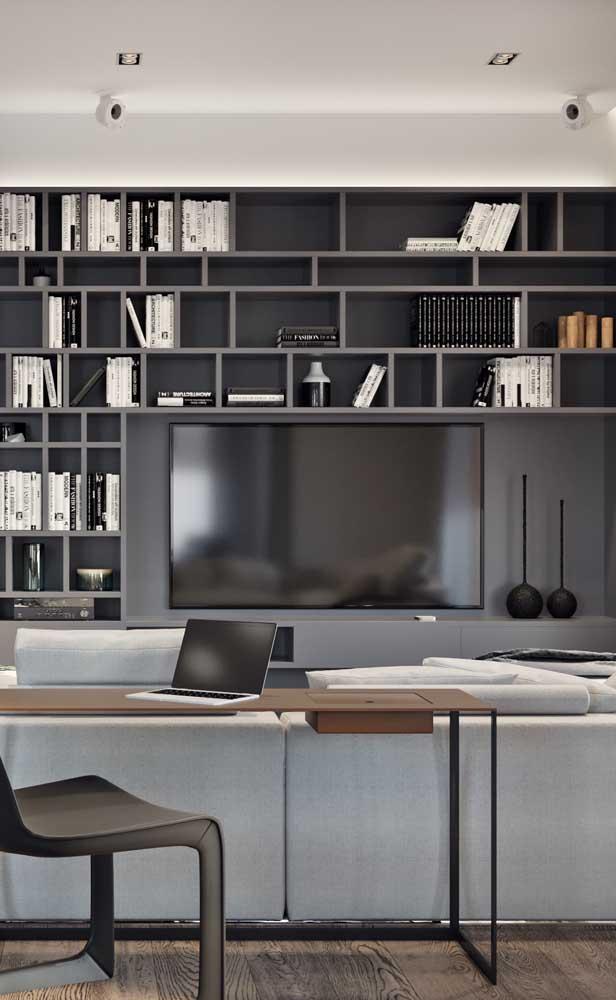 Elegância e modernidade nesse modelo de rack com painel na cor cinza