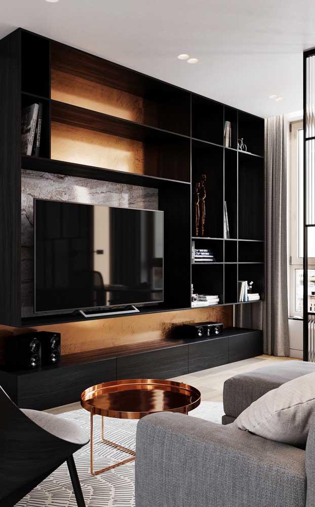 Rack com painel planejado preto em grandes dimensões para a sala moderna e elegante