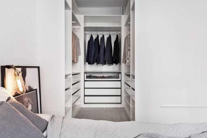 Closet pequeno: como montar, dicas e inspirações