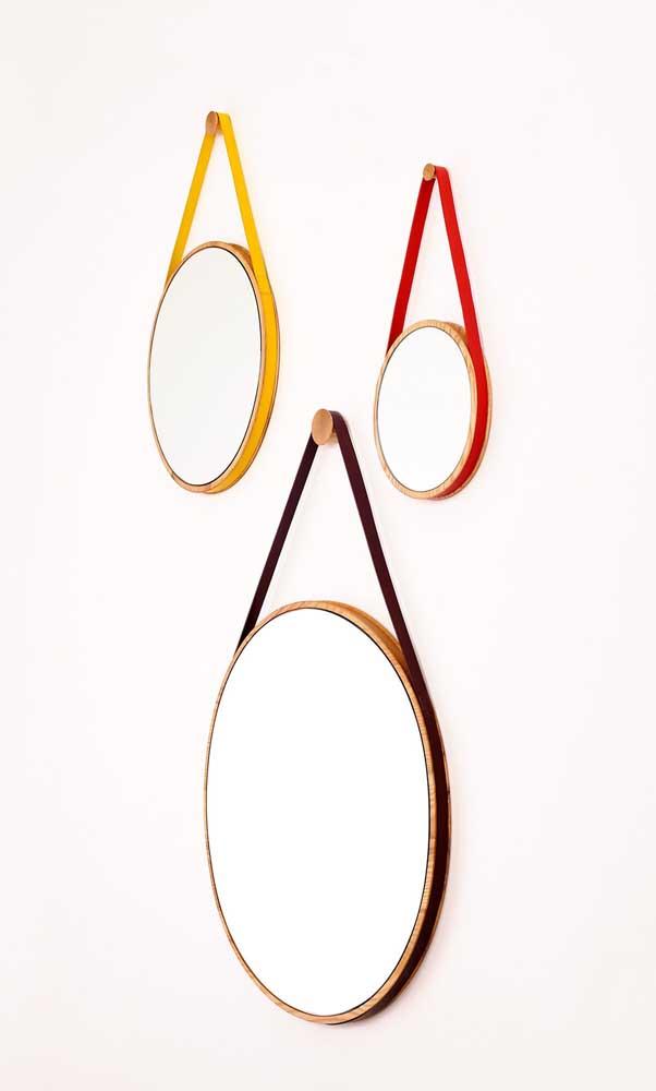 Tiras coloridas para mudar o visual do espelho Adnet