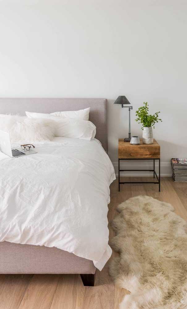Abajur para quarto de casal com cúpula direcionável