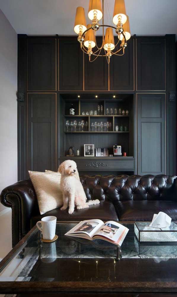 Elegância e refinamento garantidos com o sofá Chesterfield preto