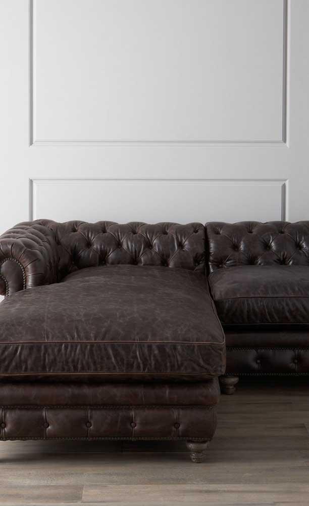 O chaise transformou um Chesterfield clássico em uma peça modernizada