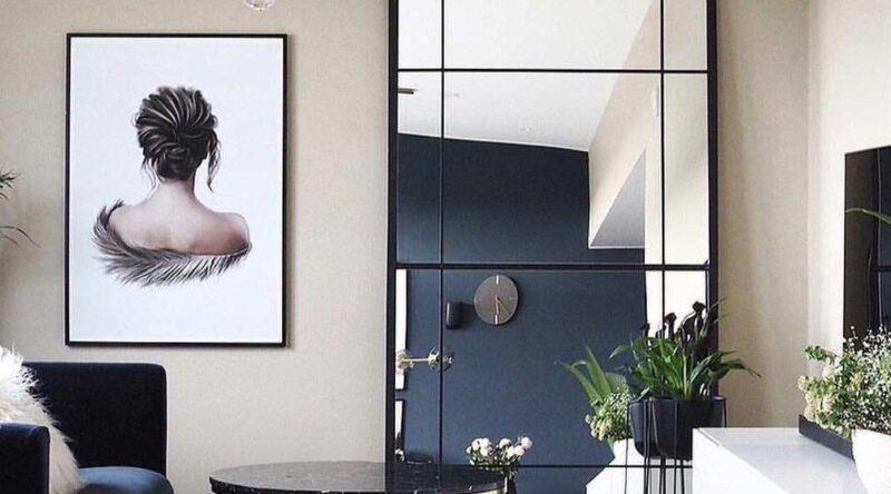 Espelho grande: vantagens, como usar, cuidados e fotos inspiradoras