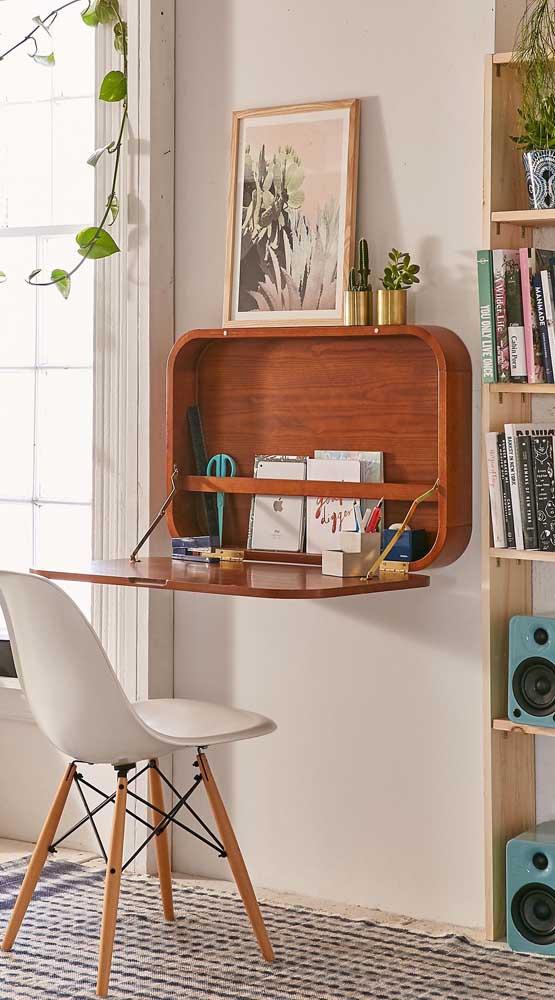 Um super modelo de escrivaninha suspensa para você se inspirar