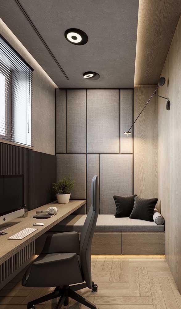 Escrivaninha suspensa simples para acompanhar toda a parede do quarto
