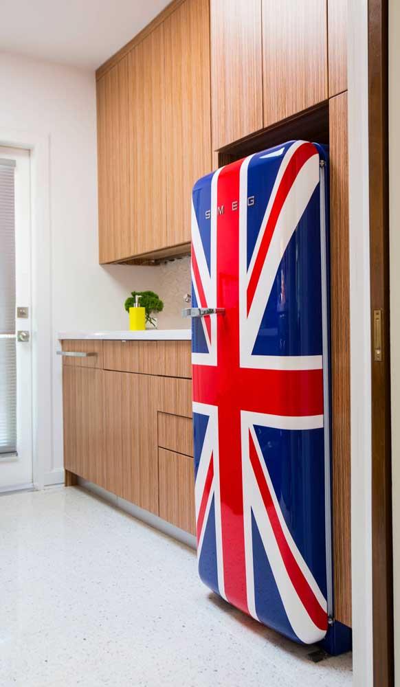 Mais uma inspiração de geladeira britânica para você se inspirar!