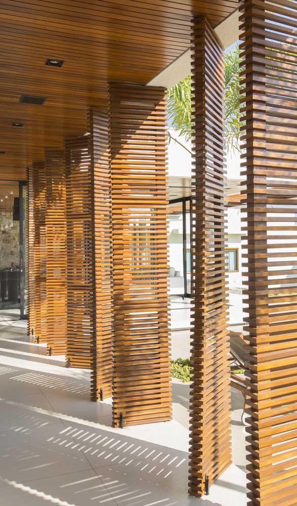 Divisórias de madeira para área externa da casa