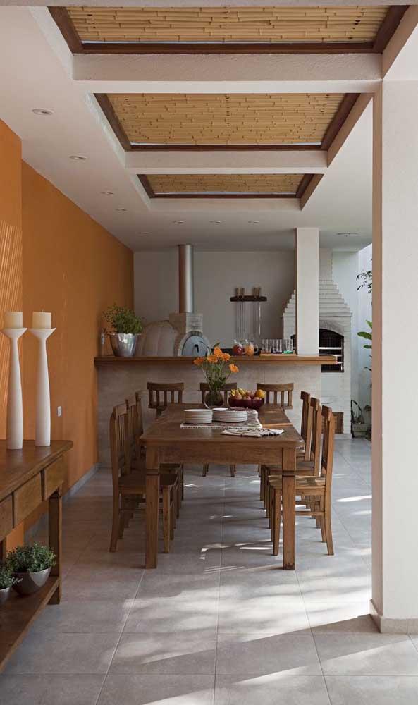 Forno a lenha estilo iglu para a área gourmet rústica da casa