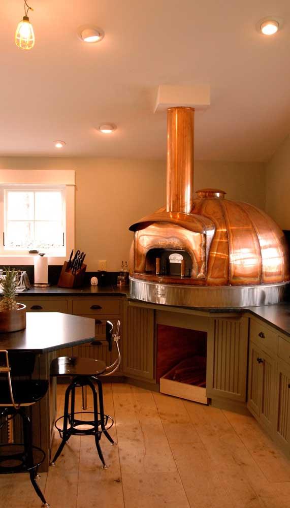 E o que acha de um forno a lenha de cobre?