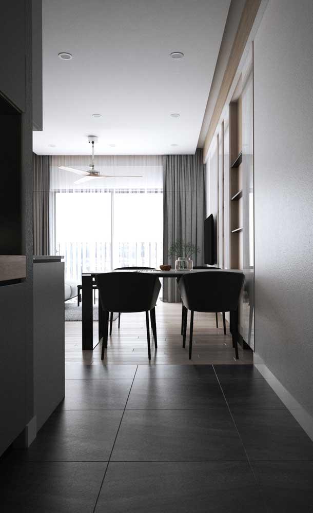 Sanca de gesso acartonado para favorecer o projeto de iluminação da sala de jantar