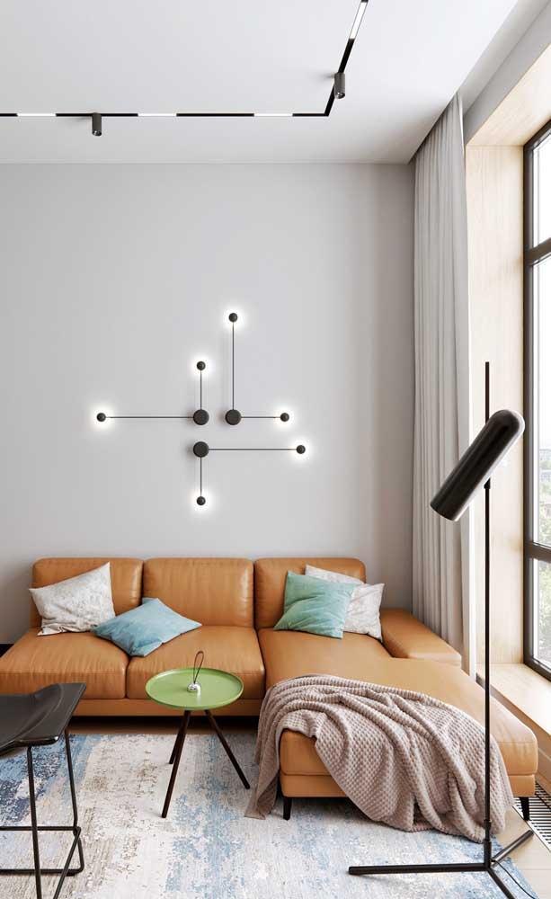 Sala de estar moderna com teto rebaixado de drywall