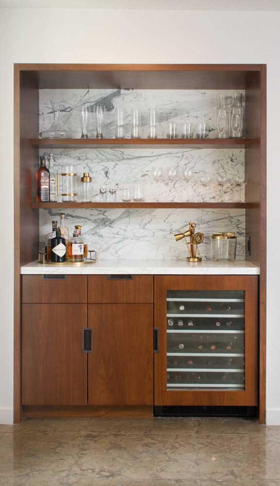 Um ótimo modelo de home bar para quem procura algo clássico e atemporal