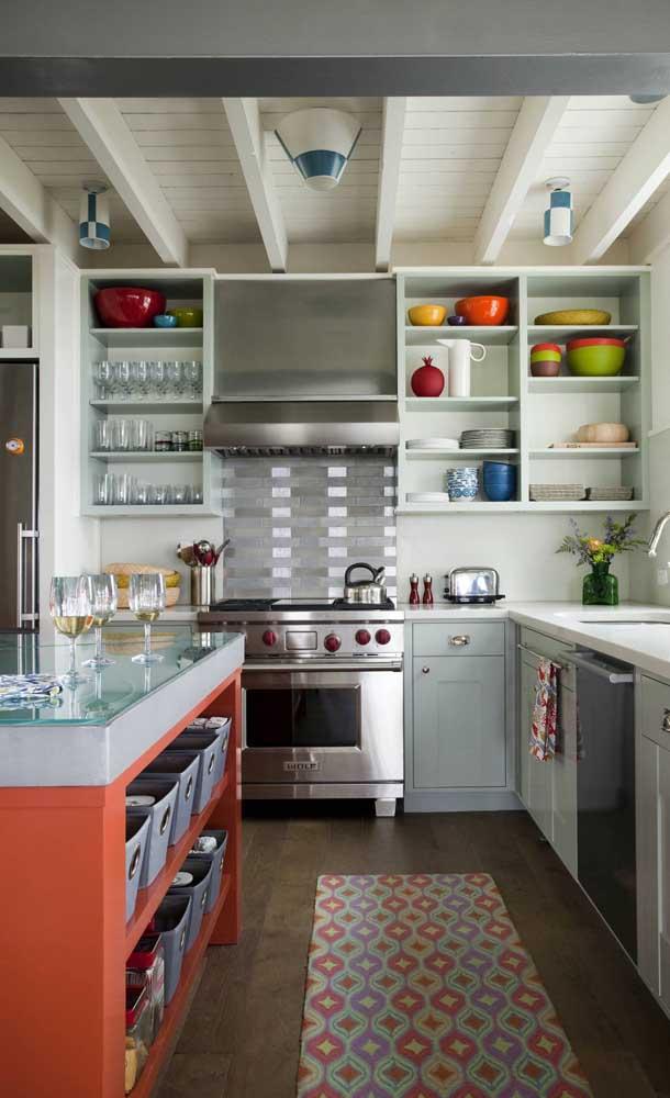 Bancada de vidro para a cozinha americana: praticidade no dia a dia