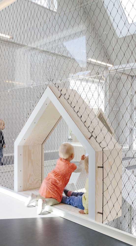 Com a rede de proteção as crianças podem brincar a vontade