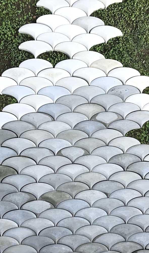 Um formato bem diferenciado de piso intertravado para você se inspirar