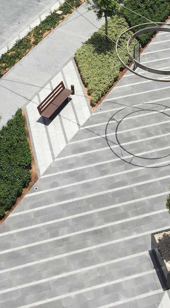 Listras de piso intertravado: use a criatividade e crie as formas que desejar