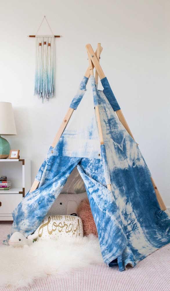 Um toque hippie à cabana infantil de tecido