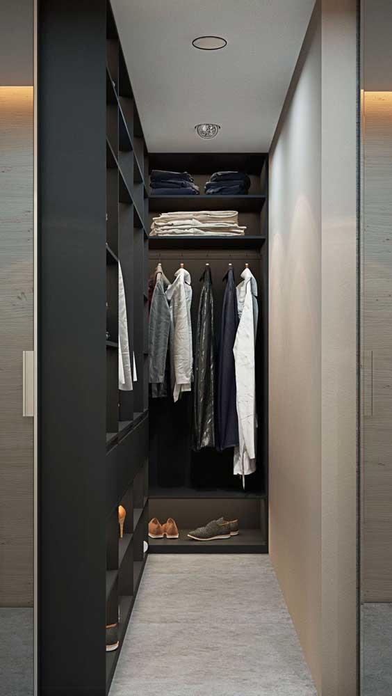 Defina suas necessidades e só então inicie a montagem do closet
