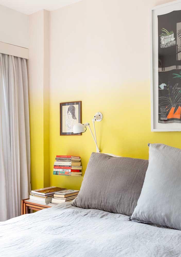 Uma das tendências do momento é pintar a parede degradê.