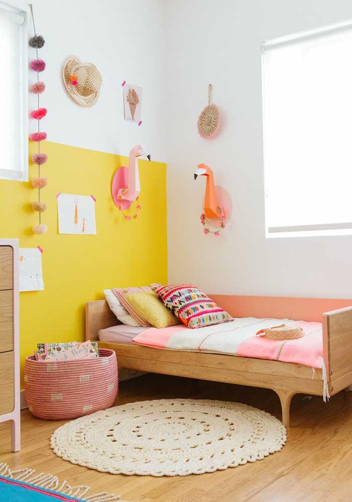 Qual o tom de amarelo que mais combina com móveis de madeira?