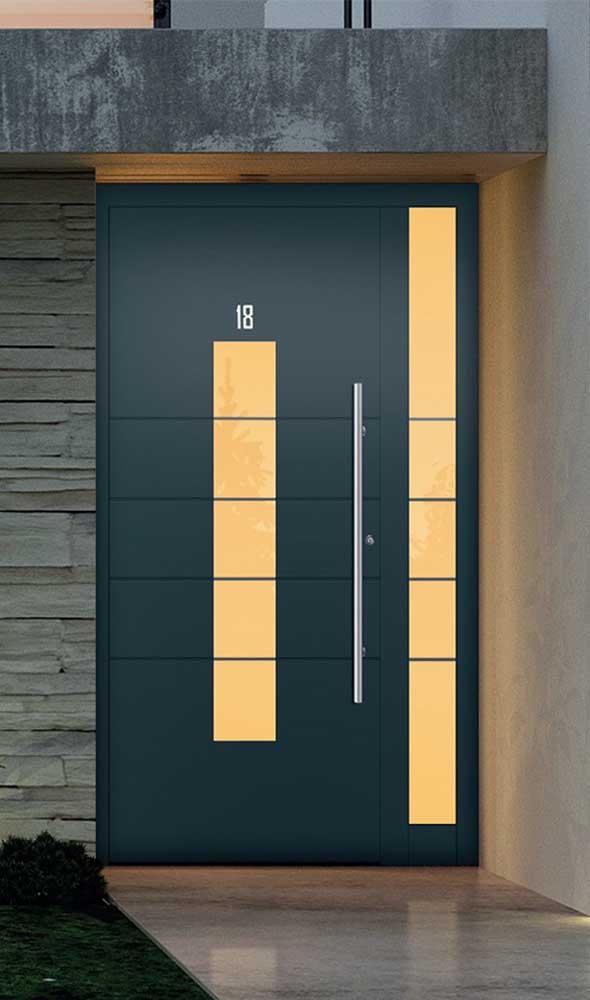 E o que dizer do efeito da luz nessa porta de alumínio? Incrível!