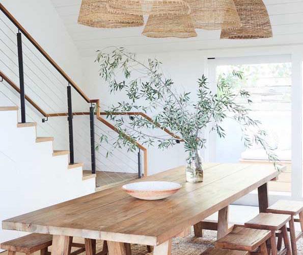 Mesa de madeira de demolição: o que é, dicas, cuidados e modelos inspiradores
