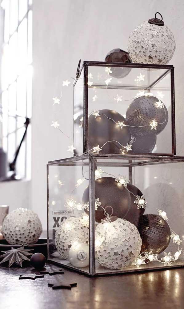 Caixas de vidro e luzes de natal: uma linda amizade!