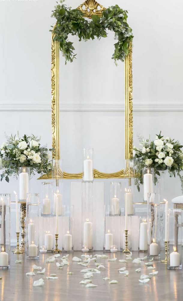 Decoração simples e minimalista para a festa de bodas de ouro