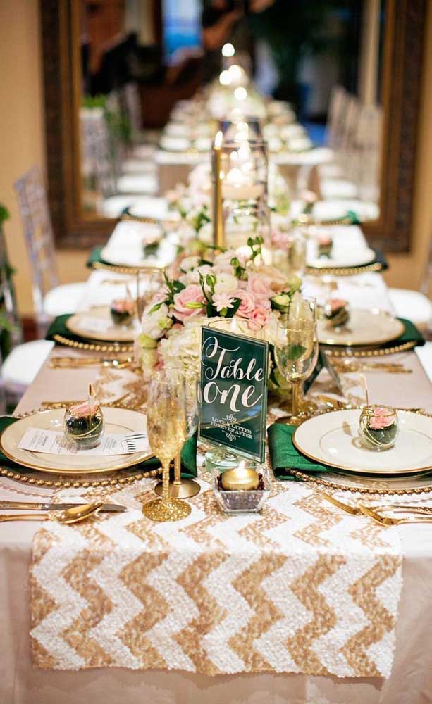 Uma mesa para muitos convidados!