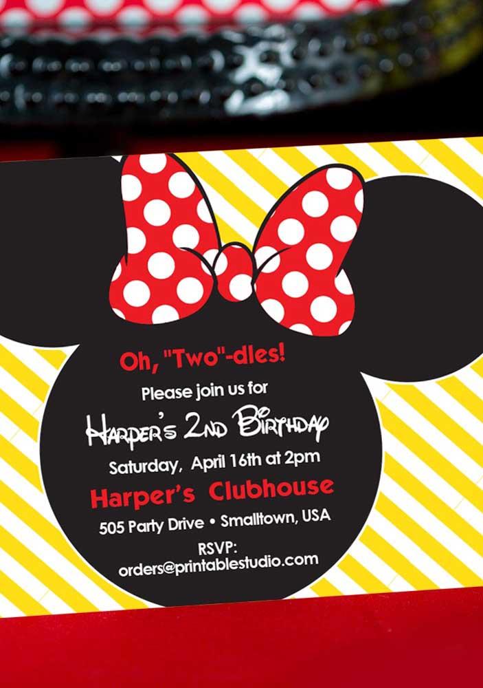Já sabe como será o convite Minnie vermelha? Que tal usar esse modelo como inspiração?