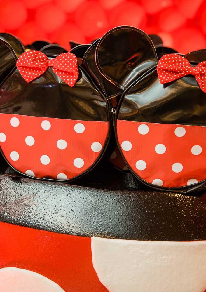 Bolsinhas estilosas para entregar como lembrancinha Minnie vermelha.