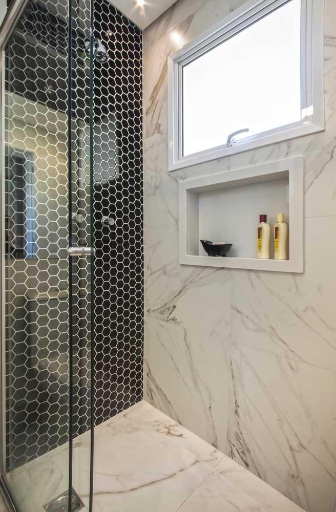Modelo simples e popular de janela de alumínio para banheiro