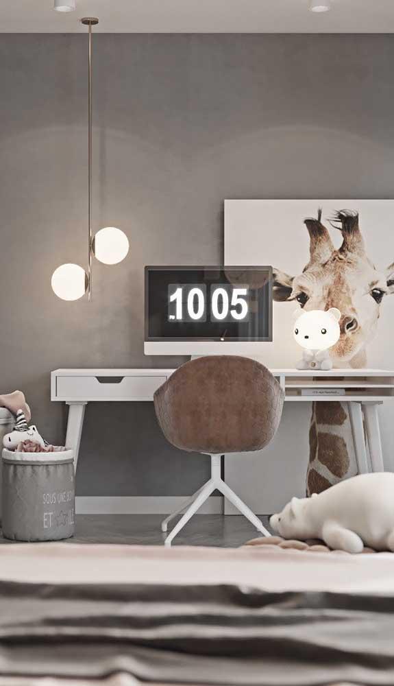 O home office fica mais aconchegante com as luminárias pendentes