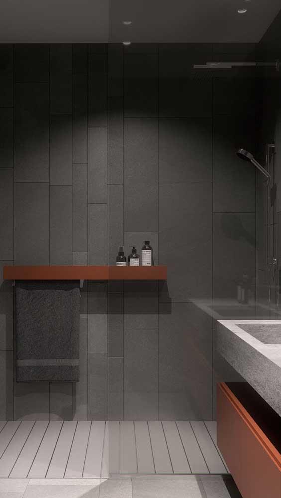 Como levar vida a um banheiro de cores neutras? Com o marsala!