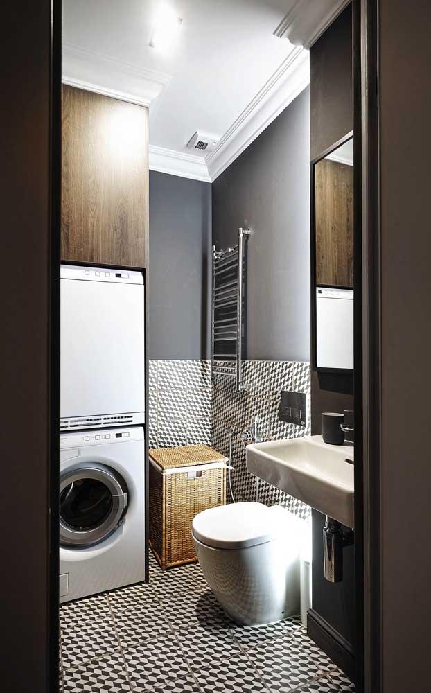Uma das grandes vantagens da sanca de isopor é que ela pode ser usada em ambientes molhados, como o banheiro
