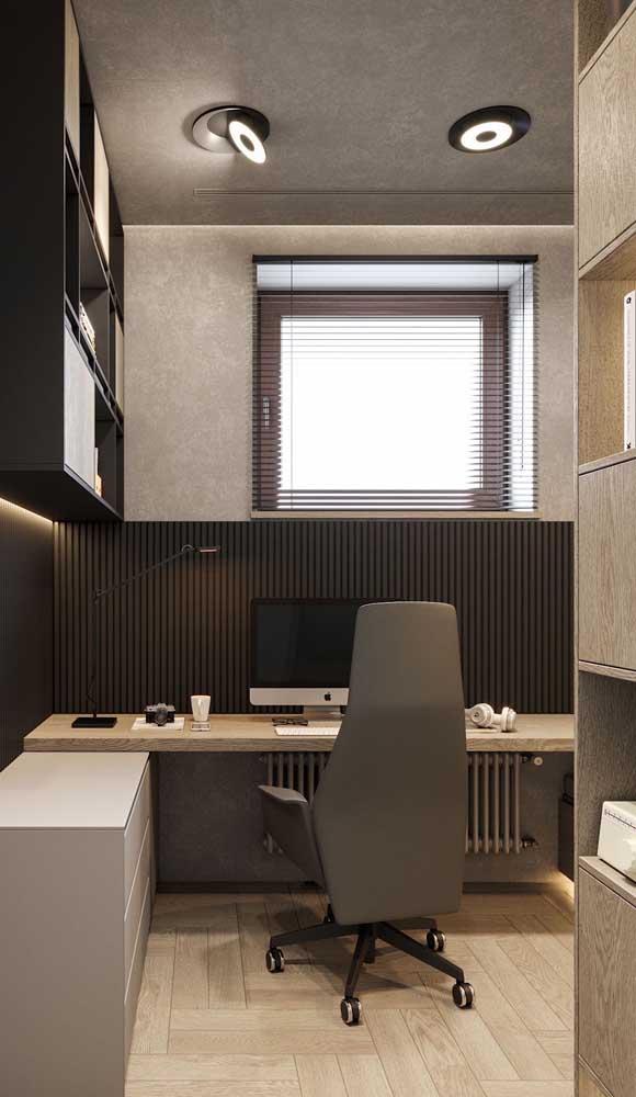 Nesse home office, a cadeira giratória presidente traz conforto e uma estética incrível