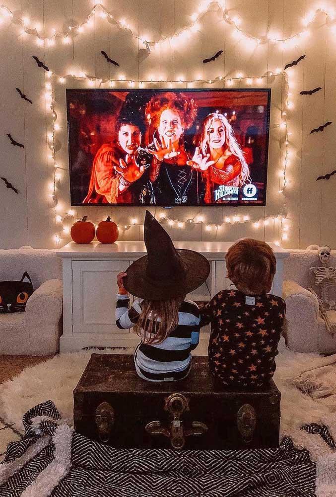 """O filme """"Abracadabra"""" é uma boa sugestão de sessão cinema para o dia de Halloween"""