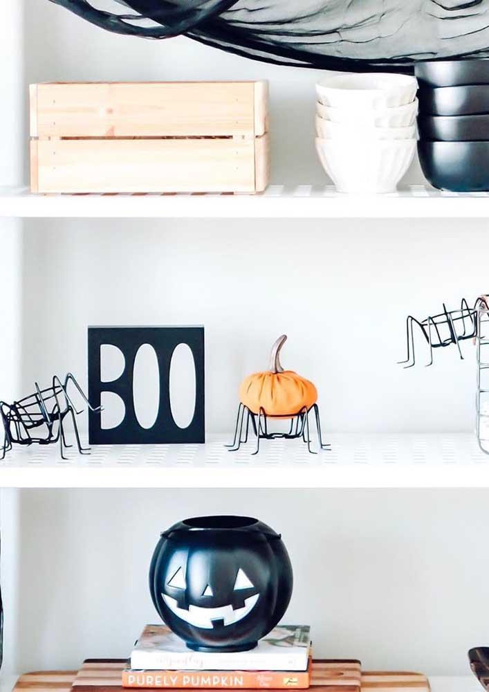 Decoração minimalista de Halloween