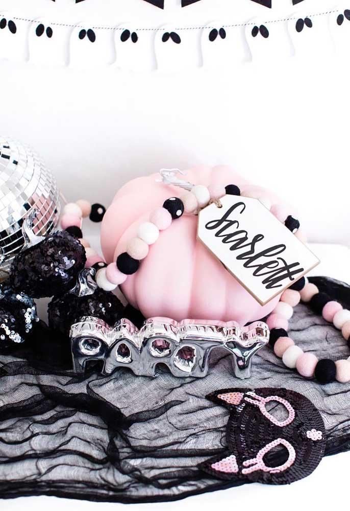 E que tal um Halloween em preto e rosa?