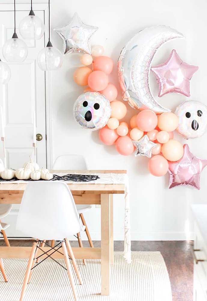 Halloween metálico em tons de prata e rosa para uma festa bem moderninha