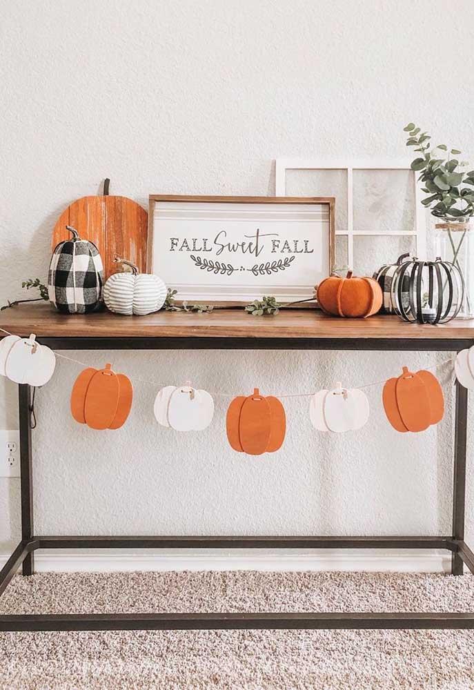 Abóboras de todo o tipo para decorar o Halloween: de papel, de tecido, de madeira e, claro, as de verdade