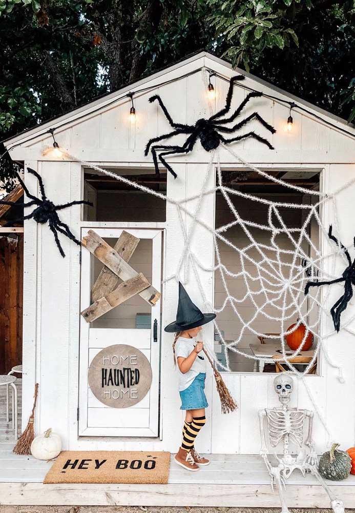 Nada como uma boa e velha casa mal assombrada para criar aquele clima assustador de Halloween