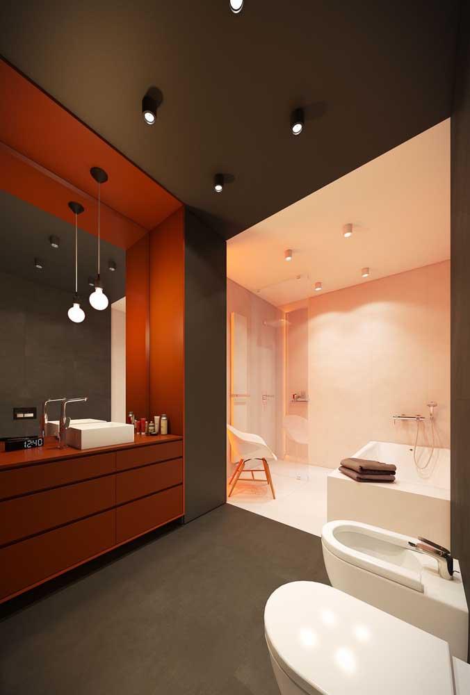 Banheiro grande e super elegante com a dupla de vaso e bidê marcando presença