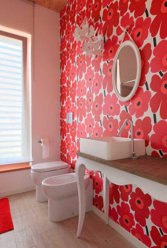 O bidê também pode ser instalado em lavabos. Veja como a peça ficou charmosa nesse projeto