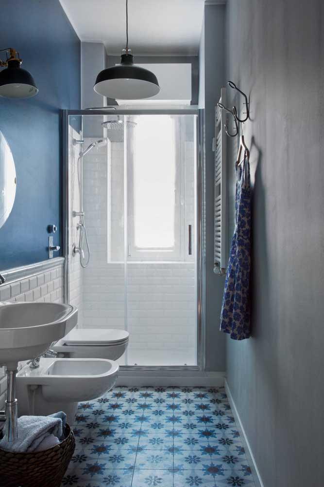E é claro que o banheiro de estilo retrô não podia deixar de ter um bidê